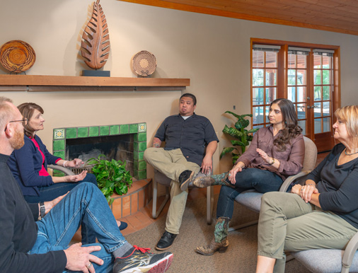 group therapy session - Cottonwood Tucson - addiction education