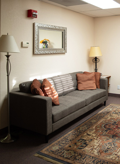 therapy room with couch - Cottonwood Tucson - individual therapy